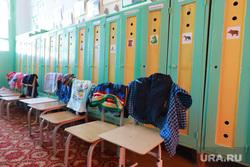 Визит врио губернатора Шумкова Вадима в Шатровский район., детский сад, детская одежда, сон час, шкафчики детские