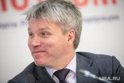 Час с министром в Общественной палате РФ. Москва, портрет, колобков павел