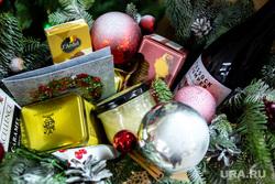 Новогодний подарок от Acons Group в редакции URA.RU. Екатеринбург, подарки, елочные украшения