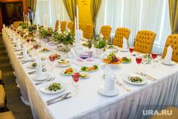Завтрак Натальи Комаровой с Катрин Денев. Ханты-Мансийск, еда, накрытый стол, банкет, посуда