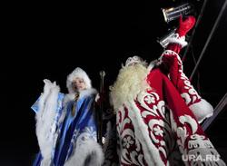 XII Всероссийский съезд Дедов морозов и Снегурочек. Ханты-Мансийск, дед мороз и снегурочка