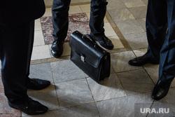 Заседание комитета по бюджету на 2020 год. Екатеринбург, чиновники, чиновник, портфель, дресс-код, дресс код, депутаты