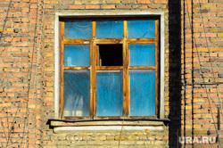 «Немецкий квартал» в металлургическом районе. Челябинск, архитектура, форточка, старые дома, окно, немецкий квартал, кирпич