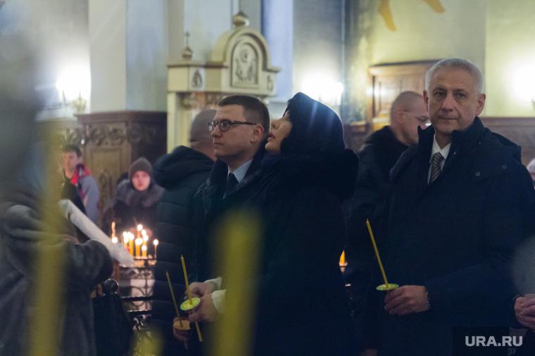 Алексей и Ирина Текслер в годовщину трагедии. Магнитогорск