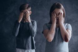 Клипарт depositphotos.com, дети, девочка, мальчик, педофилия, педофил, детское насилие