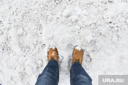 Снег на улице Техническая. Екатеринбург, снег, снежная каша, ботинки, зима, неубранный снег