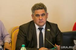Заседание комитета тюменской областной думы по социальной политике. Тюмень , суфианов альберт