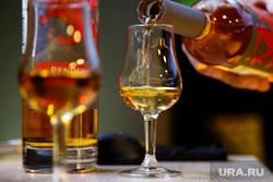 Дегустация виски в ресторане Panorama ASP. Екатеринбург, виски, бокал, алкоголь, крепкий напиток, коньяк