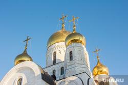 Храм Воскресения Христова. Ханты-Мансийск, храм, церковь, вера, христианство, купола, православие, религия