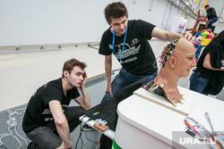 XIX Всемирный фестиваль молодежи и студентов. Первый день. Сочи, робот, робот-голова