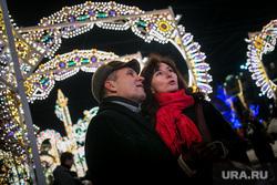 Предновогодняя Москва. Иллюминация. Москва, пара, иллюминация, вечерняя москва, новый год