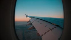 Клипарт unsplash.com, крыло самолета, самолет