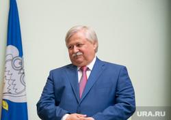 Дмитрий Артюхов Награждение медалистов выпускников. Новый Уренгой, костогриз иван