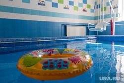 Клипарт. Магнитогорск, спасательный круг, вода, бассейн, здоровье, плавание