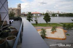Огромная песочница перед Ельцин Центром. Екатеринбург, песочница