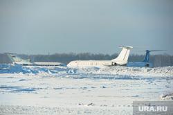 Аэропорт. Самолет. Челябинск., самолеты, сугробы, зима