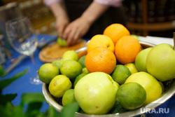 Мастер-класс по приготовлению коктейлей от Зацепилова. Екатеринбург, фрукты