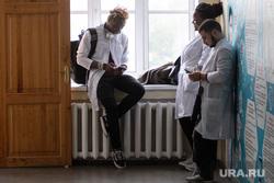 Встреча студентов и представителями профессорско-преподавательского состава Уральского государственного медицинского университета  с Полномочным представителем Президента Российской Федерации в УрФО. Екатеринбург