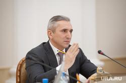 Пресс-кнференция губернатора тюменской области  Александра Моора. Тюмень, моор александр