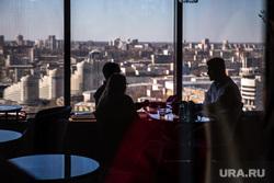 Интервью с владельцами сети кофеен Bow Jones Coffee. Екатеринбург , столик в ресторане, вид города, ресторан