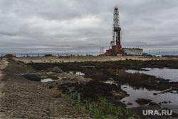 Клипарт. Сургут, буровая вышка, добыча нефти, окружающая среда, нефтяная вышка, экология