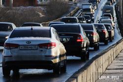 Галкинский мост. Курган, автомобили, пробка, затор на дороге, машины