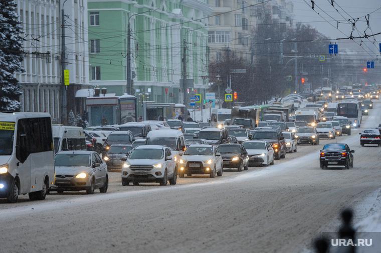 Снегопад. Пробки. Челябинск