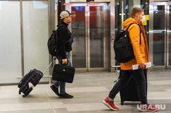 Обстановка в челябинском аэропорту Игорь Курчатов во время эпидемии коронавируса. Челябинск , пассажиры, аэропорт игорь курчатов