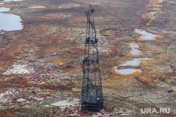 Природа Ямало-Ненецкого автономного округа, север, тундра, арктика, добыча нефти, нефтяная вышка, ямал, природа ямала, природные ресурсы, вид сверху, осень, экология, с квадрокоптера