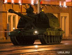 Ночная репетиция парада Победы на Площади 1905 года. Екатеринбург, сау