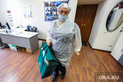 Тест на коронавирус у журналистов контактных с условно зараженным. Челябинск, медсестра, медик, эпидемия, тест на covid19, тест на коронавирус, коронавирус