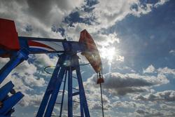 Открытая лицензия на 30.07.2015. Добыча нефти и газа, нефтедобыча, нефтяная вышка
