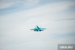 Летно-тактические учения многофункционального истребителя-бомбандировщика СУ-34 на аэродроме Шагол. Челябинск , аэродром, ввс россии, истребитель, бомбардировщик, самолет, су-34, авиационный комплекс