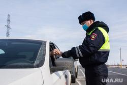 Пост ДПС на трассе. Сургутский район, полицейский, сотрудник полиции, гибдд, дпс, проверка документов