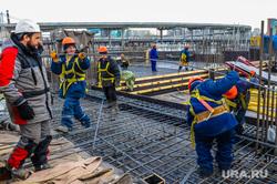 Строительство Общественно-делового центра «Конгресс-холл». Челябинск, строители, арматура, стройка, конгресс-холл