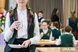 Школьная столовая в школе №136. Екатеринбург, грязная посуда, школа, столовая, школьное питание