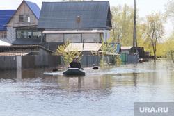 Паводок Затопленные дома Курган, паводок2016, наводнение, затопленные дома, люди в лодке