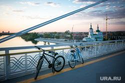 Виды Тюмени. Тюмень , велосипеды, мост влюбленных, весна, май, тюмень, виды тюмени