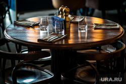Ресторан Молодость. Тюмень, стол, столовые приборы, ресторан, ресторан счастье