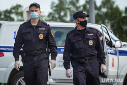 День пограничных войск. Магнитогорск, патрулирование улиц, полицейские в масках