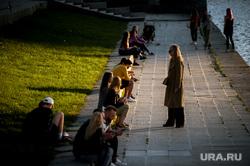 Екатеринбург во время пандемии коронавируса, лето, эпидемия, горожане, набережная реки исеть, виды екатеринбурга, covid-19, пандемия коронавируса