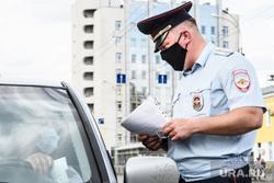 Проверка соблюдения масочного режима водителями. Екатеринбург, проверка на дорогах, проверка документов, проверки на дорогах, полицейский рейд