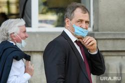 Виды города. Екатеринбург, володин игорь, медицинская маска, масочный режим, одноразовая маска, коронавирус