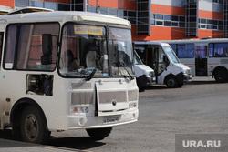 Автобусный вокзал и виды города. Курган, автовокзал, пассажиры, автобус, общественный транспорт
