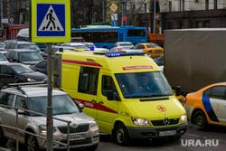 Пробки в городе. Москва, машины, пробка, трафик, скорая помощь, час пик, автомобили, реанимация, автотранспорт