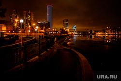 Виды ночного города. Екатеринбург, екатеринбург-сити, ночь, вечер, ночной город