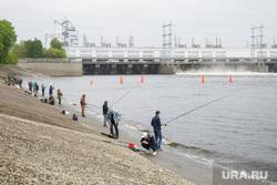Рыбаки на Камской ГЭС. Пермь, рыбаки, кама, река, рыбалка, камская гэс