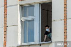 Инфекционная больница, куда доставляют больных коронавирусной инфекцией. Челябинск, больной, скорая помощь, окно, пациент, обсерватор, инфекционная больница