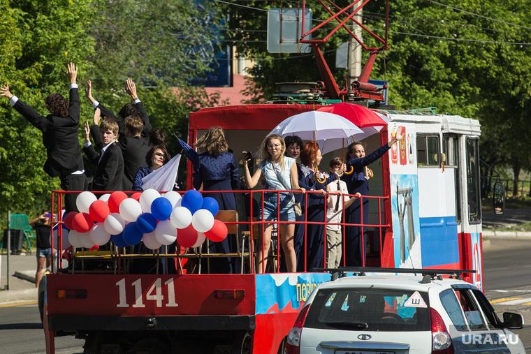 Музыкальный трамвай-кабриолет. Магнитогорск