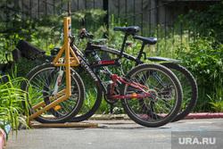 Клипарт. Магнитогорск, велосипеды, лето, велопарковка